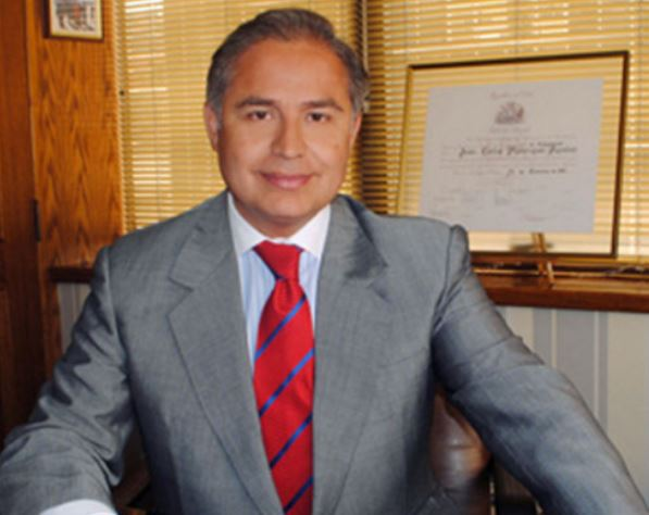 Tres preguntas a Juan Carlos Manríquez