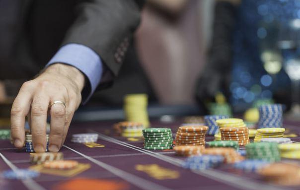 Condenan a cabecillas de casinos clandestinos que operaban en la capital